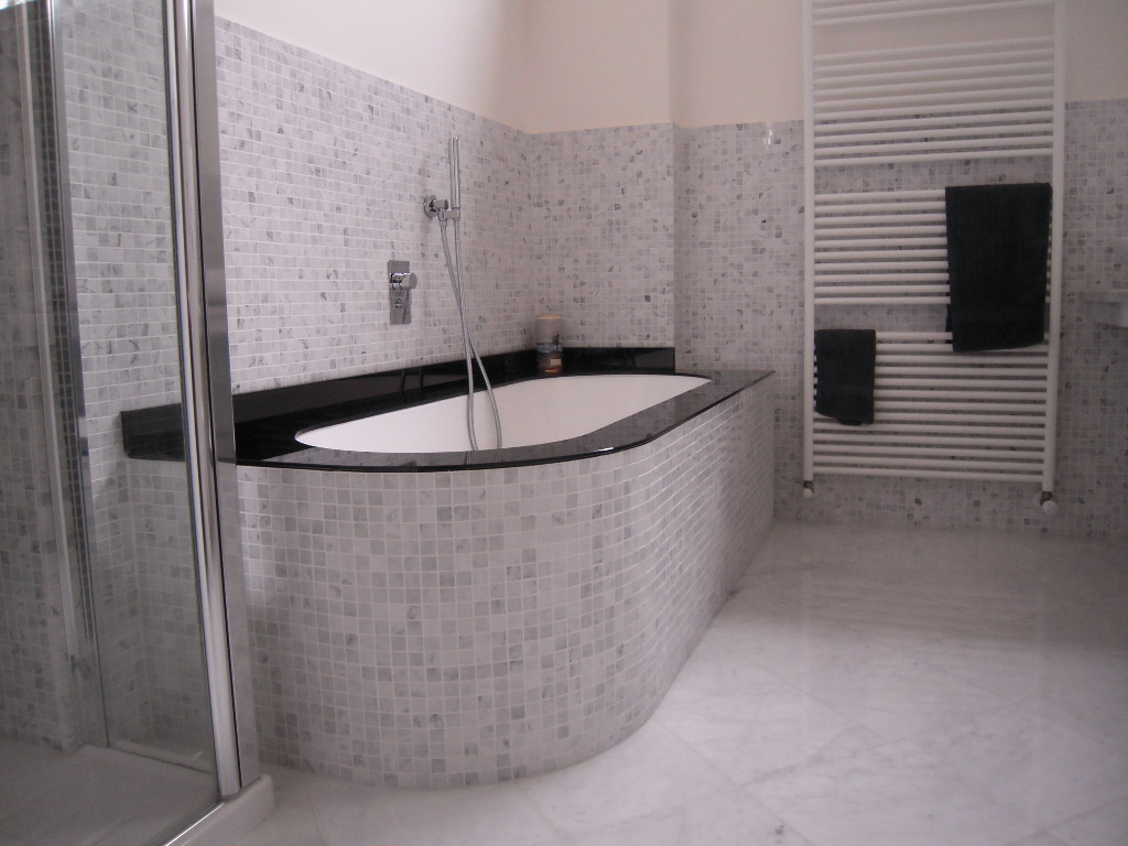 Awesome bagno classico in marmo with bagno classico piastrelle - Piastrelle bagno catania ...